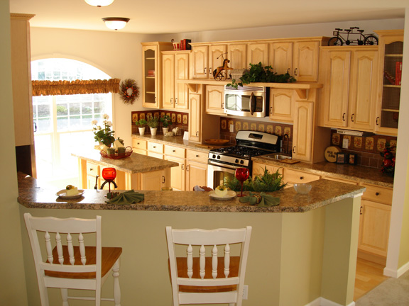 Patriot Home Sales   Model: HF116 A Sample Home Pennwest Covington II  Kitchen Photo